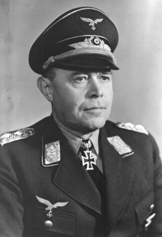 File:Albert Kesselring Lufftwaffe General.jpg