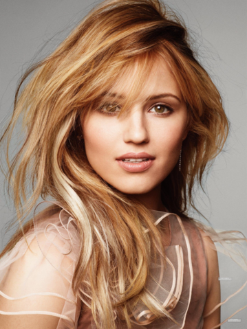 File:DiannaAgron2.png