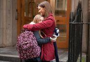 Peri sienna-Hugging