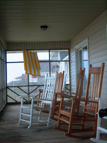 File:Rocking Chairs.jpg