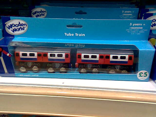 File:Packaged London Underground Wooden Toy Tube Train.jpg