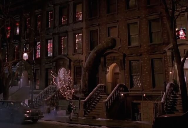 File:Uncle Rob's apartment.jpg