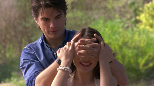 File:Josh & Evelyn 111.png