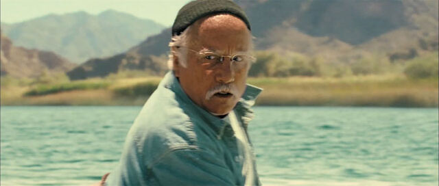 File:Piranha Richard Dreyfuss.jpg