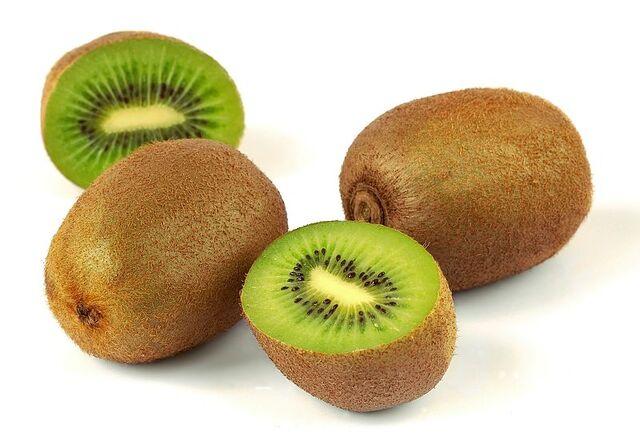 File:800px-Kiwi (Actinidia chinensis) 1 Luc Viatour edit.jpg