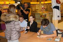 Autograph session Netherlands 2012 01
