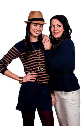 Fil:Vanessa og Monica.jpg