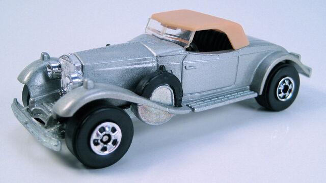 File:Rolls royce phantom II gray france r.JPG