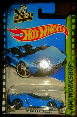 File:Hot wheels 2014 (3).jpg