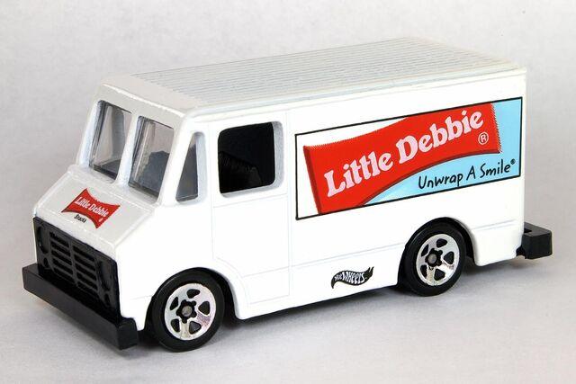 File:Little Debbie2 Delivery Truck - 6184df.jpg