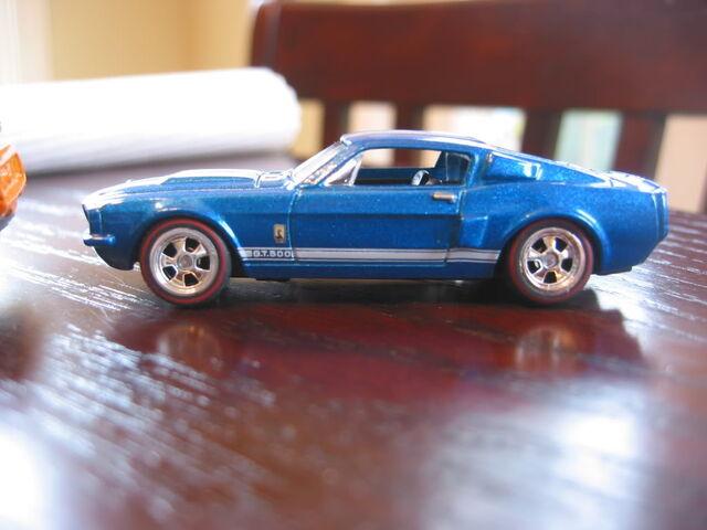 File:Shelby Custom.jpg