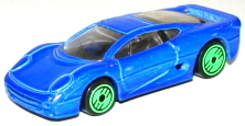 File:Jaguar 220 RevBlu.JPG