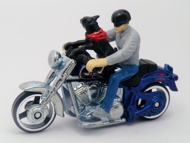 File:Harley-Davidson Fat Boy-Motor Cycles 2013.jpg