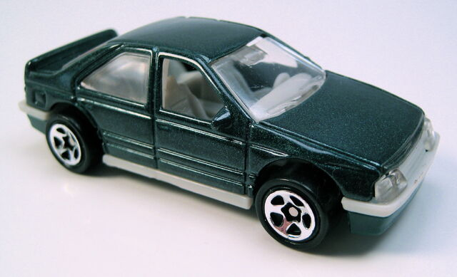 File:Peugeot 405 gren china 5sp.JPG