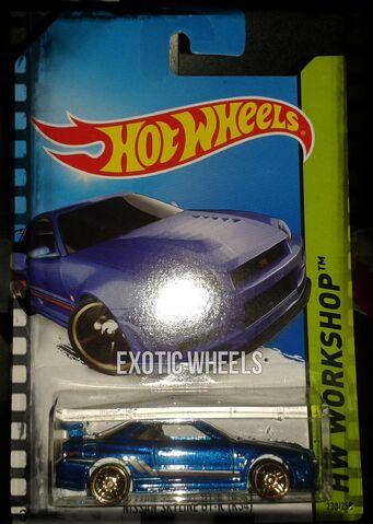 File:2014 hw cars (1).jpg