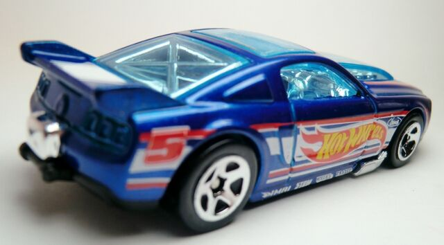 File:'13 Ford Mustang GT-2013 106.jpg