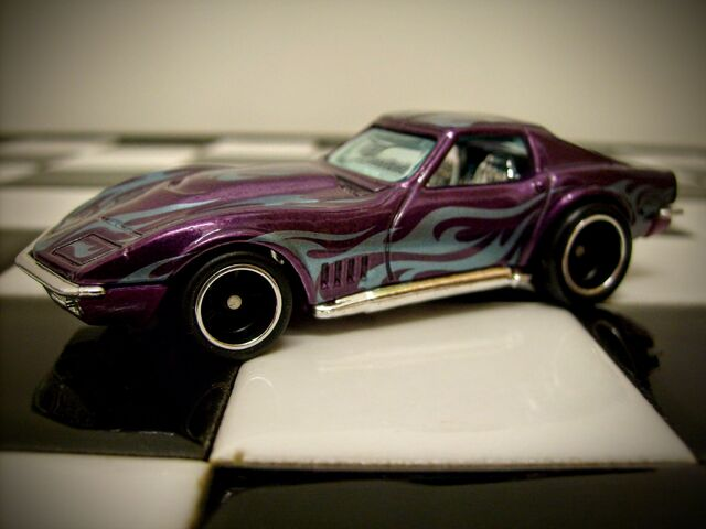 File:Hot Wheels (Super Treasure Hunts) '69 Corvette 2014.JPG