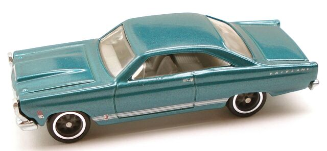 File:Fairlane Garage Teal.JPG