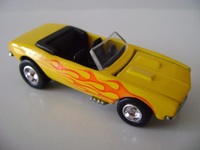 File:69camaro.yellow.jpg