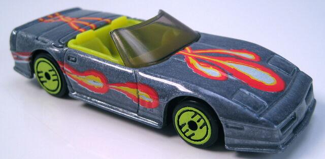 File:Corvette Convertible revealers series 1993 grey metalflake.JPG