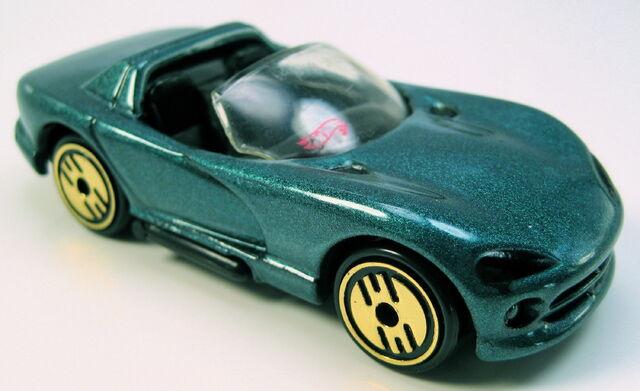 File:Dodge Viper rt10 teal gold UH.JPG