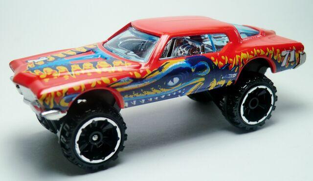 File:1971 Buick Riviera.216 2012 Thrill Racers - Prehistoric.jpg