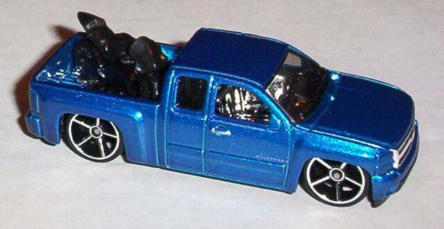 File:FE Blue Chevy S-10.jpg