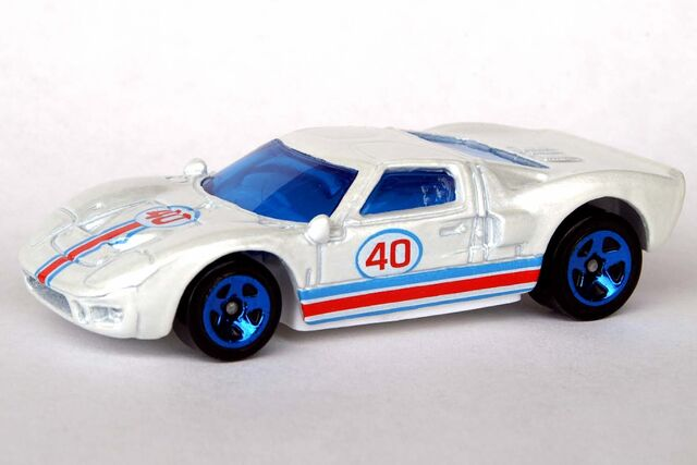 File:Ford GT-40 - 8644df.jpg