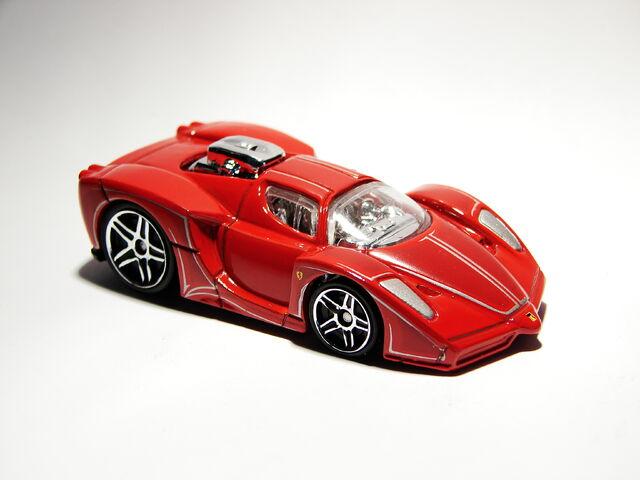File:Ferrari Enzo Tooned 02.JPG