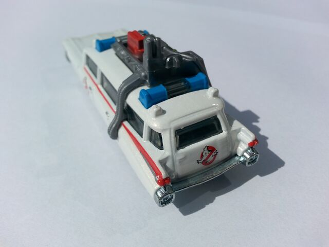 File:Ghostbusters Ecto-1 rear.jpg