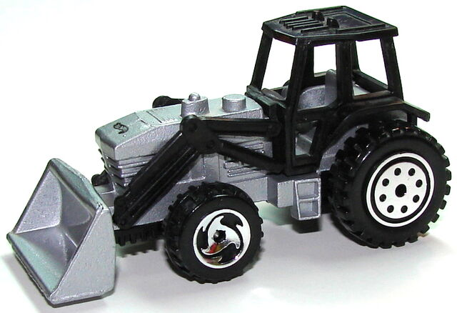 File:Tractor SilvBlk.JPG