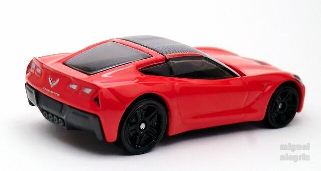 File:'14 Corvette Stingray-2013.jpg