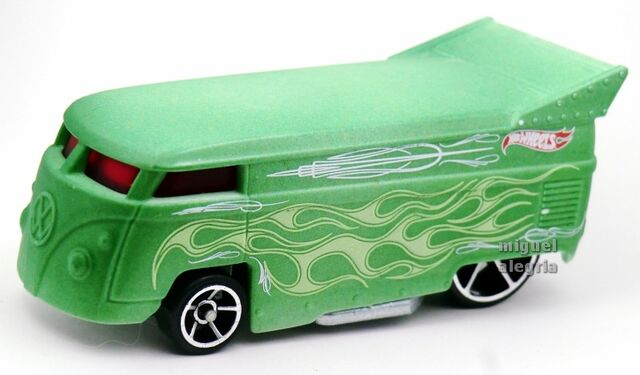 File:Volkswagen Drag Bus-2014 Color Shifters (Cold).jpg