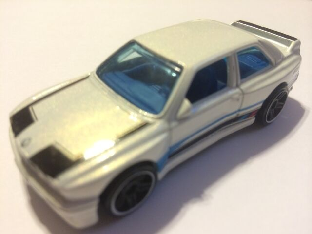 File:Kday gold affair white.jpeg
