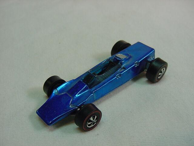 File:1969 Lotus Turbine blk int. Blue Flyin Colors.jpg