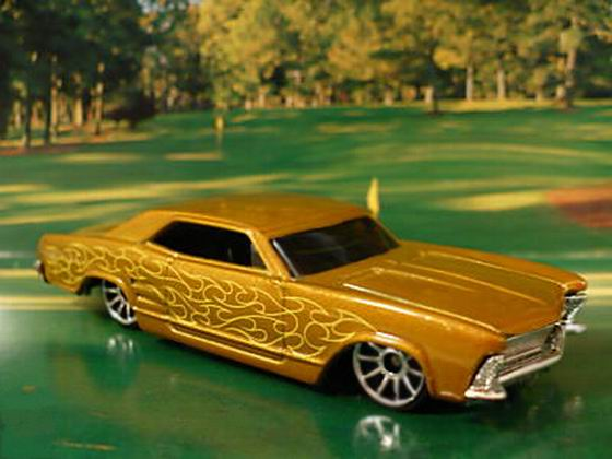 File:'64 Riviera Gold.jpg
