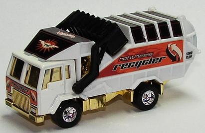 File:Recycling Truck FR.JPG