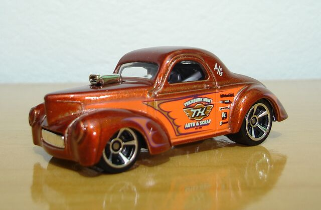 File:41 Willys Coupe-Unpacked.jpg