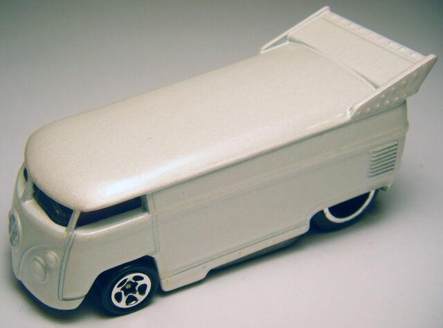 File:VW Bus - 98 Custom Car Designer.JPG