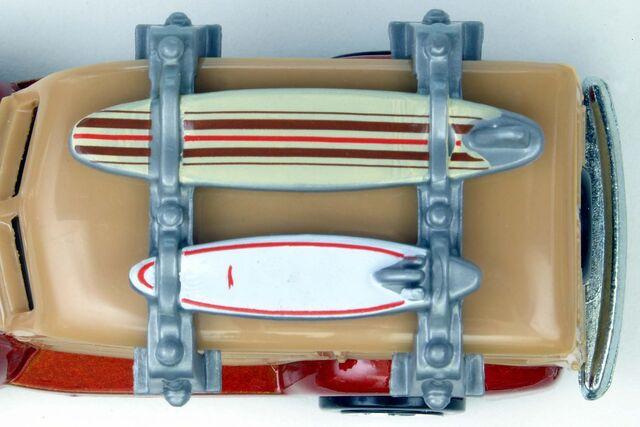 File:Team Surf's Up '40's Woodie Detail - 8637bf.jpg