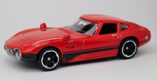 File:Toyota 2000 GT-2013 176.jpg
