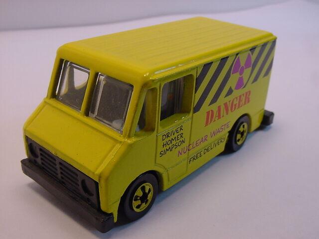 File:1990 Homer's van Yellow BW dk magenta.jpg