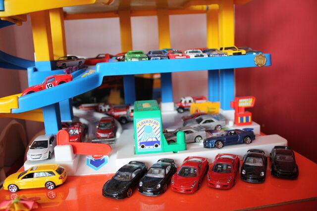 File:Coleccion carros 2010.JPG