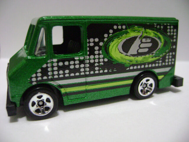 File:2008-5P-Max Steel-Delivery Van.jpg