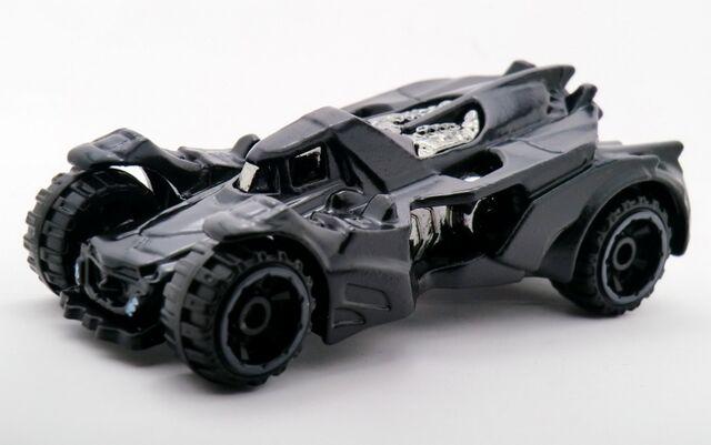 File:Batman Arkham Knight Batmobile-2015 061.jpg