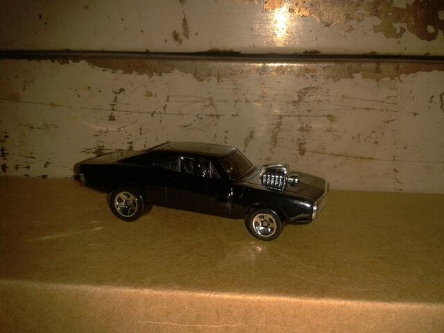 File:Dominic TorettoBlackCharger05.jpg