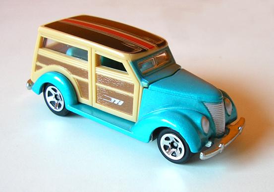File:37 Ford Woodie.jpg