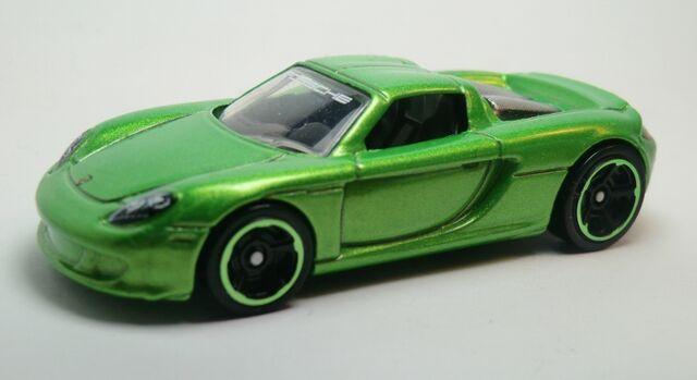 File:Porsche Carrera GT-2013 004 Metaflake Green.jpg