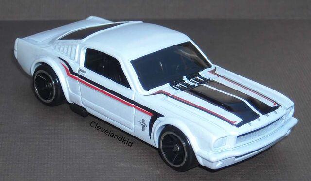 File:65 Mustang Fastback white.jpg