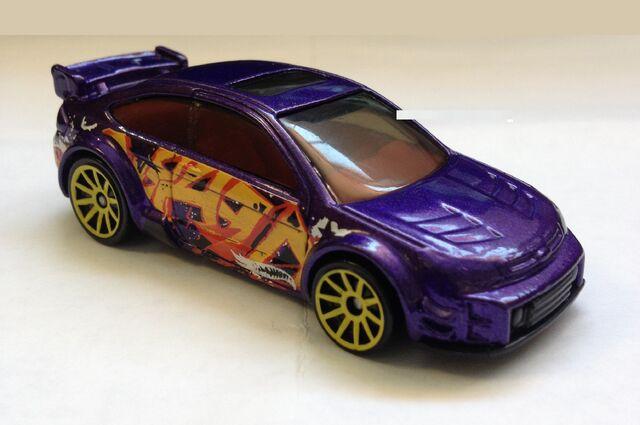 File:Hotwheels 08 Ford Focus.jpg